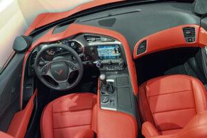 C7 Corvette Interior is Pretty Good